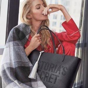 NWTs Victoria Secret black bag